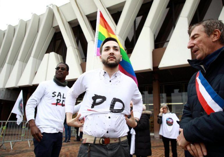 « Homophobie en banlieue », le combat de Lyes pour que l'homosexualité ait droit de cité dans les quartiers (VIDEO)