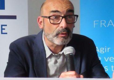 Ivry : le maire dépose plainte après une nouvelle série de tags homophobes sur la façade de l'hôtel de ville