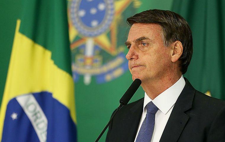 Criminalisation de l'homophobie : le président brésilien conteste la décision de la Cour suprême