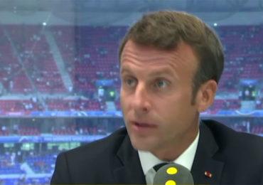 Football : Emmanuel Macron « totalement favorable » à l'arrêt des rencontres en cas d'homophobie ou racisme (VIDEO)