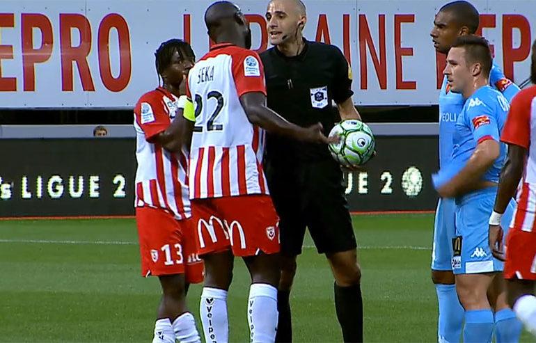 Ligue 2 : Le match Nancy-Le Mans interrompu en raison de chants homophobes (VIDEO)