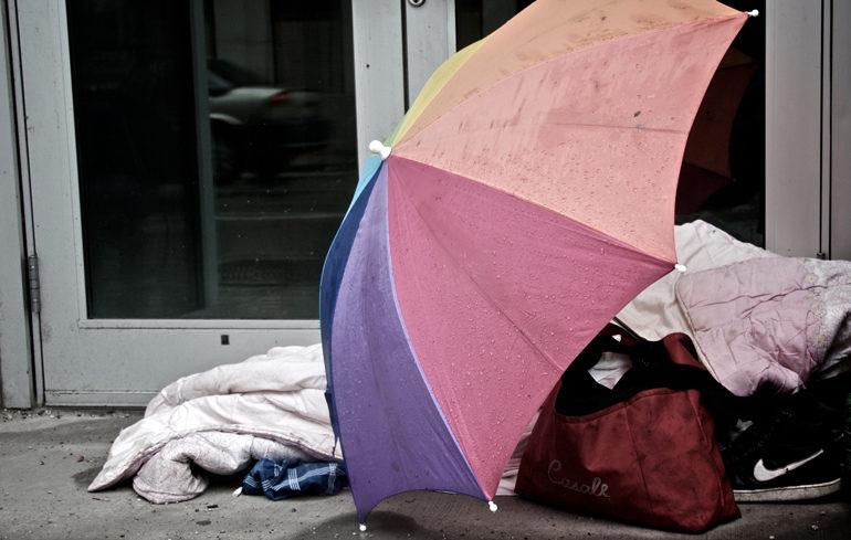 Logement : des experts de l'ONU réclament des mesures anti-discriminatoires pour les jeunes LGBT