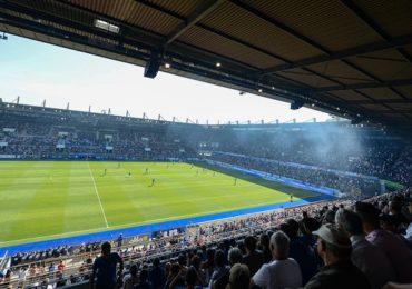 Homophobie dans les stades : la LFP mise en demeure de sanctionner le club de Strasbourg