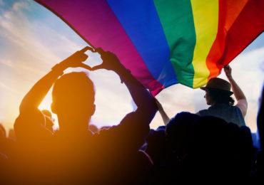 Suisse : le Conseil national en faveur du mariage et de l'adoption pour tou.te.s, avec accès à la PMA pour les couples lesbiens (VIDEO)