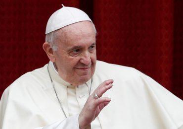 Le pape François défend l'union civile pour les couples homosexuels (VIDEO)