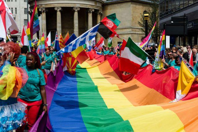 Bientôt un recensement de la population britannique LGBT+