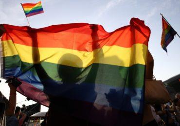 Des centaines de leaders religieux appellent à bannir les « thérapies de conversion » et lois criminalisant les LGBT+