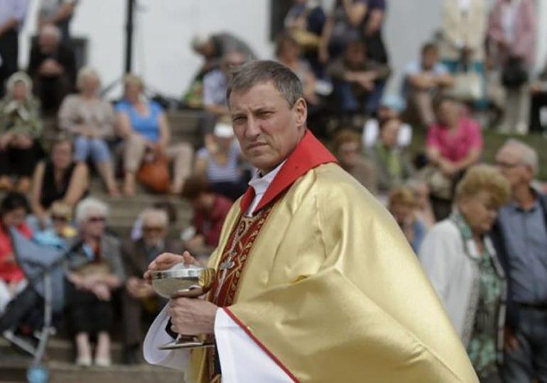 L'archevêque de Lettonie appelle à la création d'un « cadre légal » pour les couples homosexuels
