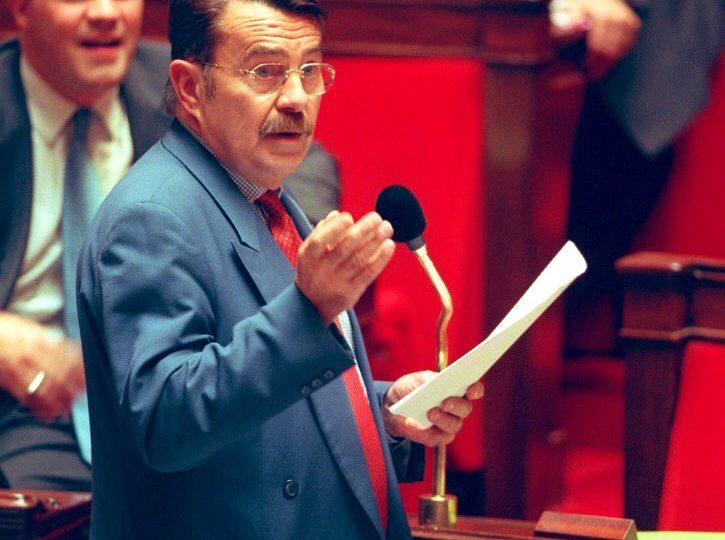 Hommage à Jean-Pierre Michel, ex-parlementaire à l'initiative du Pacs et rapporteur du projet de loi sur le mariage pour tou.te.s